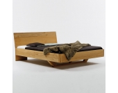 Designer-Bett aus Natur geölter Kernbuche Schwebesockel